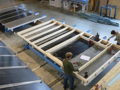 Sestavování sloupkové konstrukce panelu
